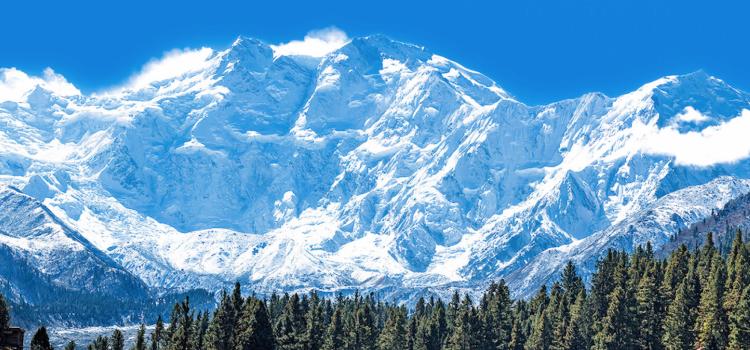 La chaîne de l'Himalaya visible à plus de 200 km pour la 1ère fois depuis 30 ans